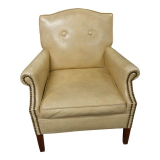 1970s Cottage Creme Vinyl Club Chair
