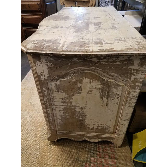 Louis XV Style Painted Commode With Serpentine Front - Image 3 of 8