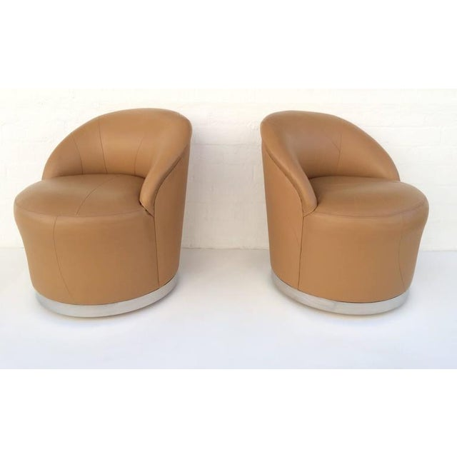 Modern Set of Four Leather and Chrome Swivel Chairs by J Robert Scott & Associates For Sale - Image 3 of 10
