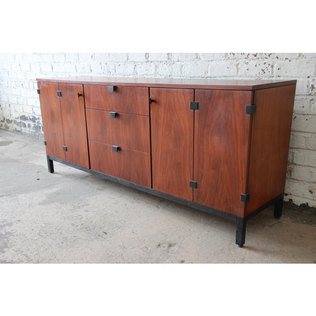 Danish Modern Milo Baughman for Directional Mid-Century Modern Walnut Credenza or Triple Dresser For Sale - Image 3 of 12