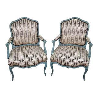 Antique French Louis XV Style Pair of Painted Fauteuil Arm Chairs For Sale