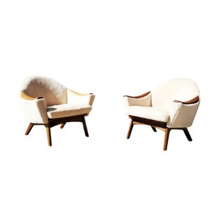 A Pair of Mid-Century Modern - MCM - Lounge Chairs by Adrian Pearsall for Craft and Associates. For Sale