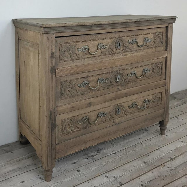 French 18th Century French Louis XVI Stripped Oak Commode For Sale - Image 3 of 13