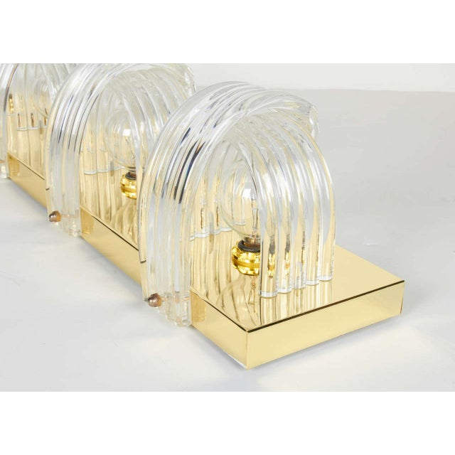 Mid-Century Modern Sculpted Lucite and Brass Wall Light by Lightolier For Sale - Image 9 of 11