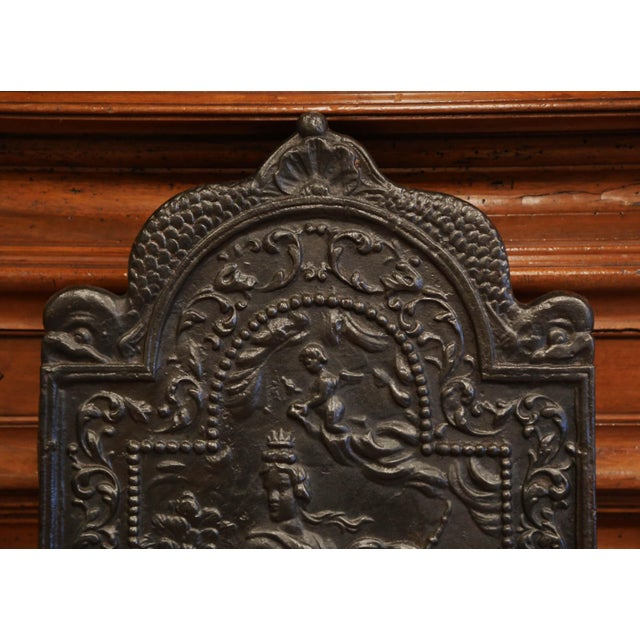 19th Century French Louis XV Polished Iron Fire Back With Goddess and Dolphins For Sale - Image 4 of 8