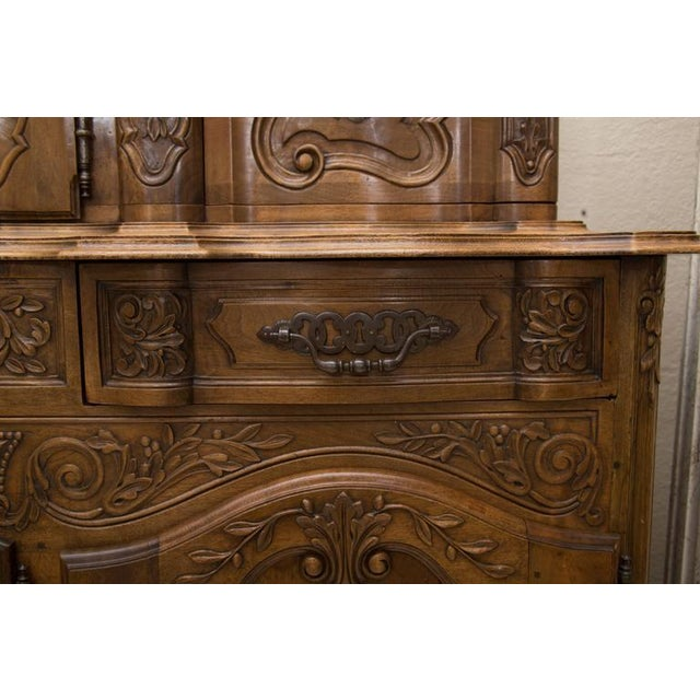 Walnut 20th Century, French, Louis XV Style Walnut Buffet with Super Structure For Sale - Image 7 of 10