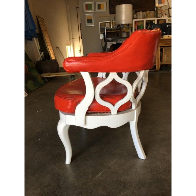 White Barrel Back Hollywood Regency Spiral Carved Chair by Dorothy Draper For Sale - Image 8 of 9