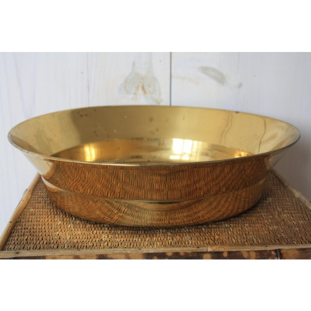 Hollywood Regency 20th Century Hollywood Regency Brass Bowl For Sale - Image 3 of 8