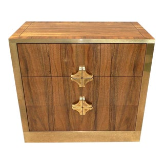 Mastercraft Bachelor Chest of Drawers With Brass Pulls For Sale