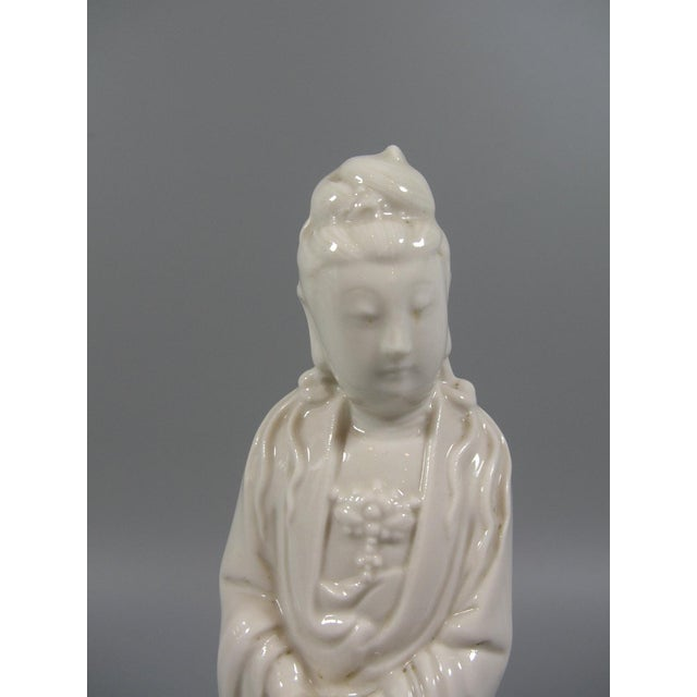 Antique Chinese Dehua Blanc De Chine Porcelain Standing Guanyin/Kwan Yin Statues - Set of 2 For Sale - Image 4 of 8