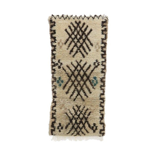 "Azilal Vintage Moroccan Rug, 2'9"" X 6'2"" Feet For Sale - Image 6 of 6"