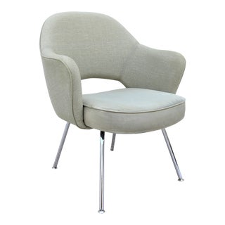 Mid-Century Modern Style Eero Saarinen for Knoll Green Executive Arm Chair For Sale