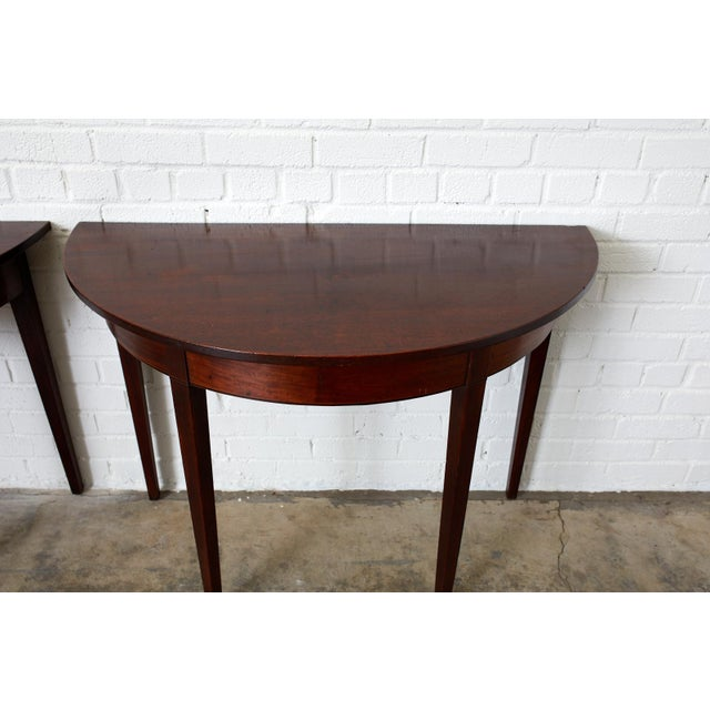 English Hepplewhite Mahogany Dining Table With Demilunes For Sale - Image 9 of 13