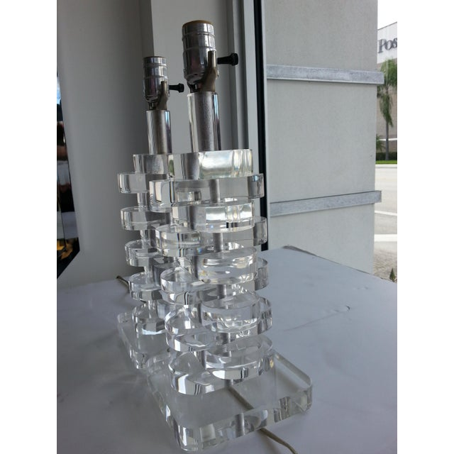 1970s Stacked Sparkling Lucite Table Lamps - a Pair For Sale In West Palm - Image 6 of 10