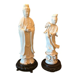Early 20th Century Antique Japanese White Ceramic Figurines - a Pair For Sale
