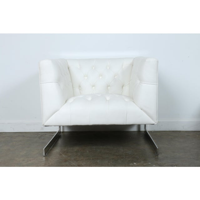 Modern Chesterfield Tufted Chair - Image 5 of 11