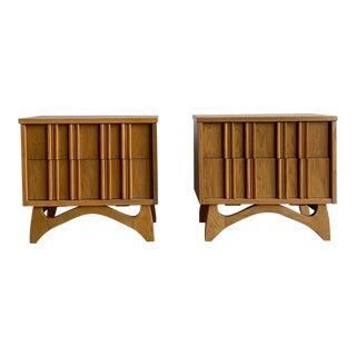 Mid Century Modern Oak Nightstands For Sale