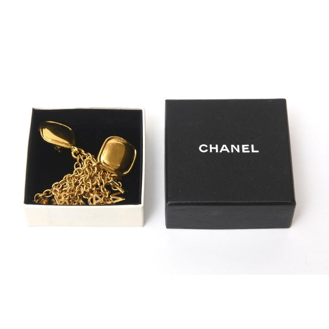 Gold Vintage Chanel Pair of Gold Plated Charm Dangle Clip on Earrings For Sale - Image 8 of 10