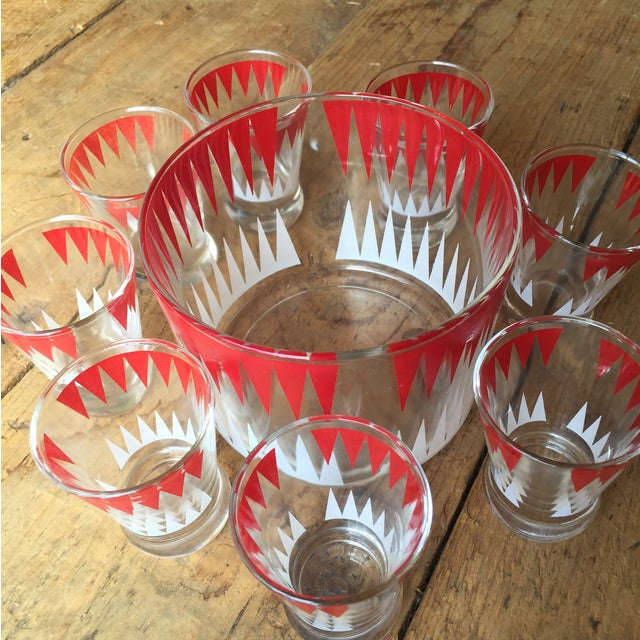 Vintage Red and White Ice Bucket With 8 Glasses - Image 3 of 6