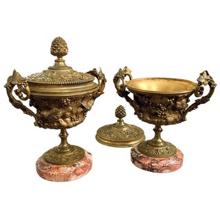 Pair of Decorative Brass Urns and Covers on Marble Bases For Sale