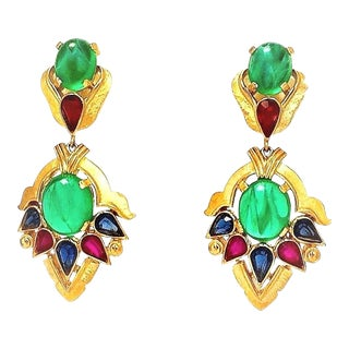 "Trifari's Second Generation ""Jewels of India"" Moghul Collection Drop Earrings For Sale"
