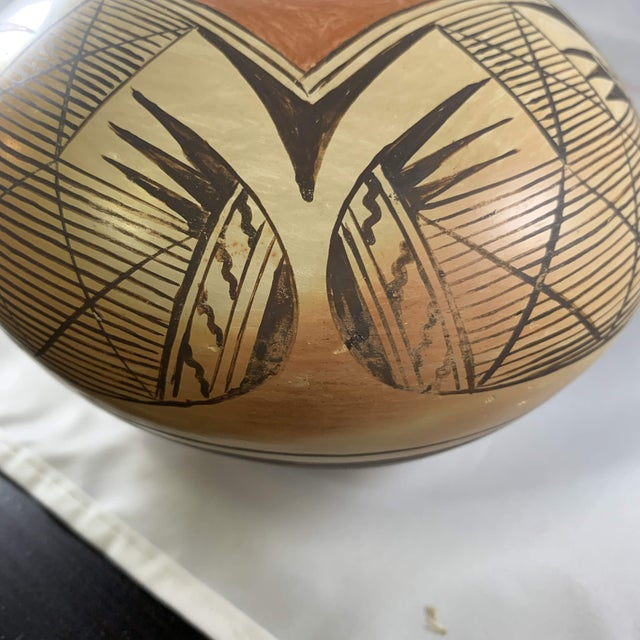 Southwest Hand Painted Migration Seed Jar by Elva Nampeyo For Sale - Image 10 of 13