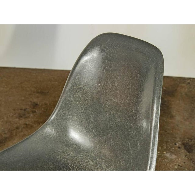 1960s Charles and Ray Eames for Herman Miller Gray Shell Chair For Sale - Image 5 of 7