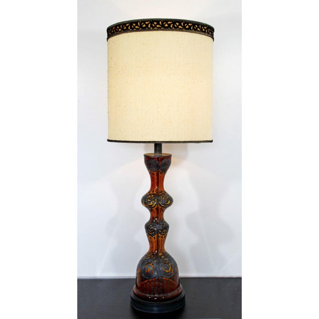 Mid Century Modern Amber Painted Sterling Silver Glass Table Lamp With Shade For Sale - Image 12 of 12