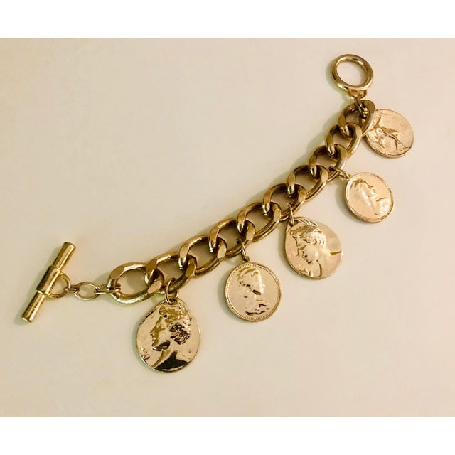 1980s Gold Roman Coin Charm Bracelet For Sale In New York - Image 6 of 8