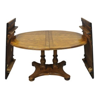 20th Century Americana Drexel Heritage Chatham Oak Oval Dining Table