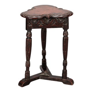 19th Century Trefoil Carved Side Table For Sale