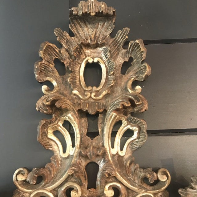Rococo Large French Rococo Style Gold Giltwood Sconce '1 of 2' For Sale - Image 3 of 7