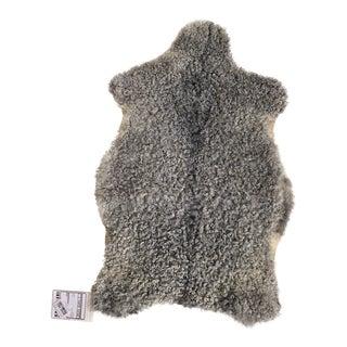 Dark Gray Gotlandic Sheepskin Rug - 2′2″ × 3′4″ For Sale