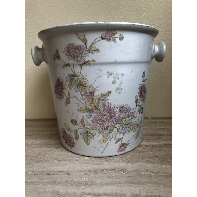 Early 20th Century Floral Porcelain Planter From England 1910-30's For Sale - Image 5 of 5