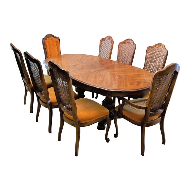 1970s Traditional Hibriten Dining Room Set For Sale