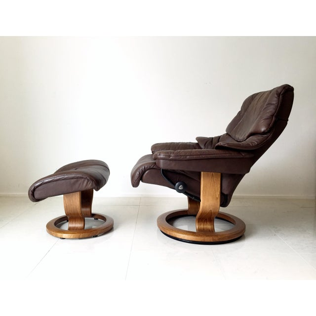 Mid-Century Modern Vintage Ekornes Stressless Lounge Chair For Sale - Image 3 of 6
