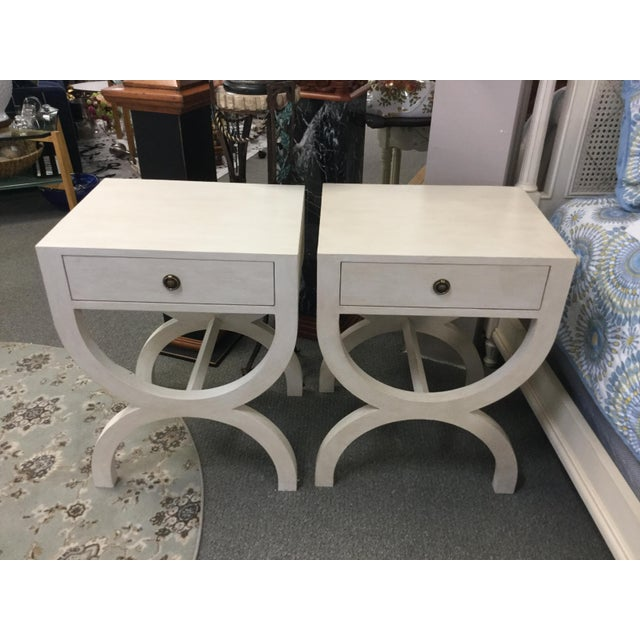 A good looking pair of transitional side chests in a neutral cream tone-on-tone soft faux -style finish. A very nice look!