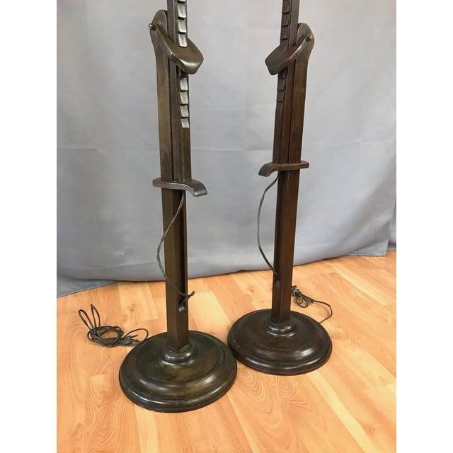Metal Pair of Frances Elkins Ratcheted Adjustable Height Mahogany Floor Lamps, 1940s For Sale - Image 7 of 13