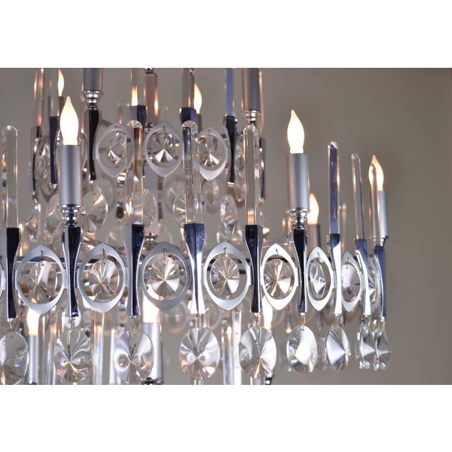 Silver Gaetano Sciolari Large Three-Tier Modernist Crystal Chandelier, Italy, 1960s For Sale - Image 8 of 9