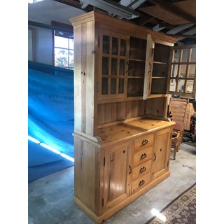 Pine Hutch by La Paloma Design Preview