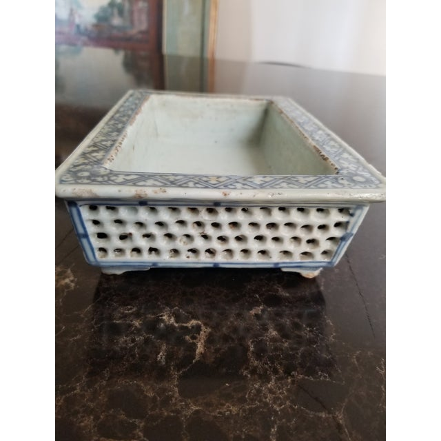 Antique Chinese Blue and White Narcissus Jardiniere For Sale In San Antonio - Image 6 of 8