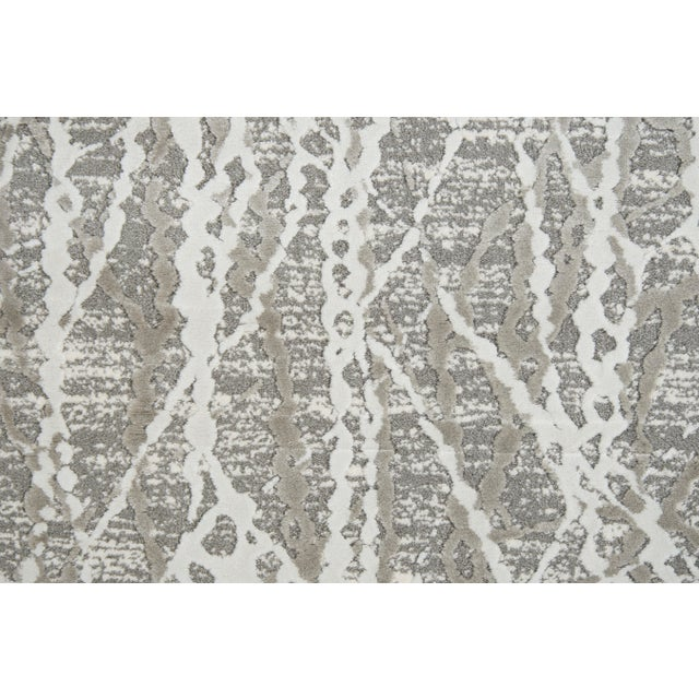 """Contemporary Stark Studio Rugs Jeeves Rug in Taupe, 2'7"""" x 7'7"""" For Sale - Image 3 of 5"""