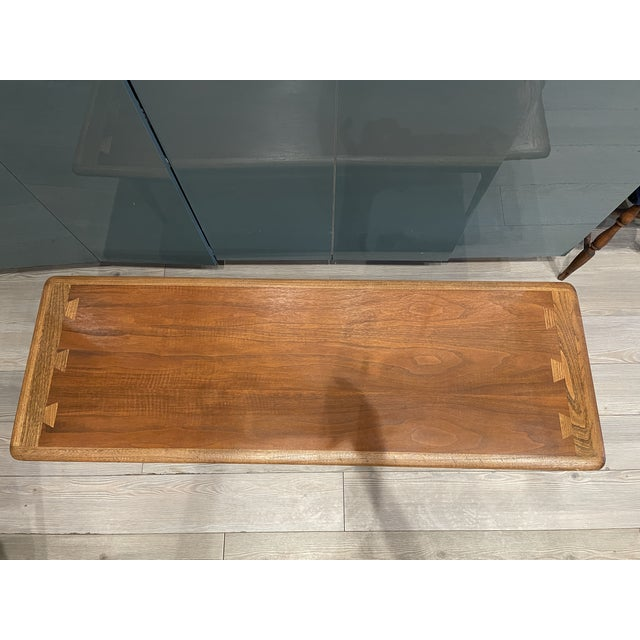 Mid-Century Modern MCM Lane Acclaim Coffee Table With Ash Dovetail Detail For Sale - Image 3 of 8