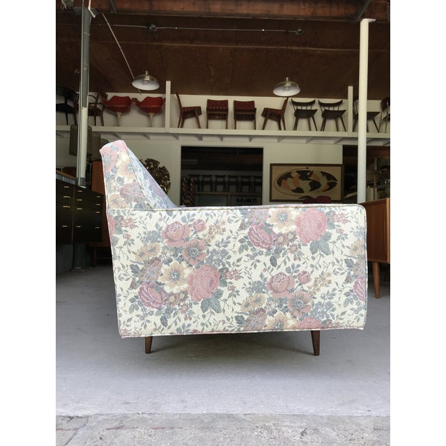"Mid-Century Modern 97"" Mint Condition Curved Front Sofa Mid Century McCobb Style For Sale - Image 3 of 12"