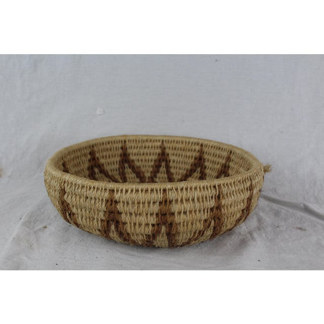 Mid 20th Century Ghanian Tribal Thick Brown Starburst Basket For Sale - Image 5 of 5