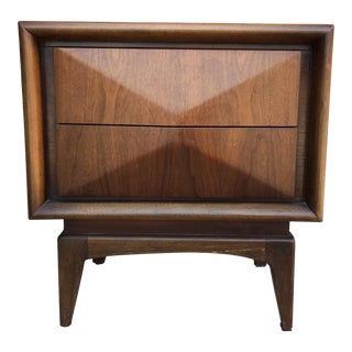 United Furniture Mid-Century Modern Diamond Front Nightstand