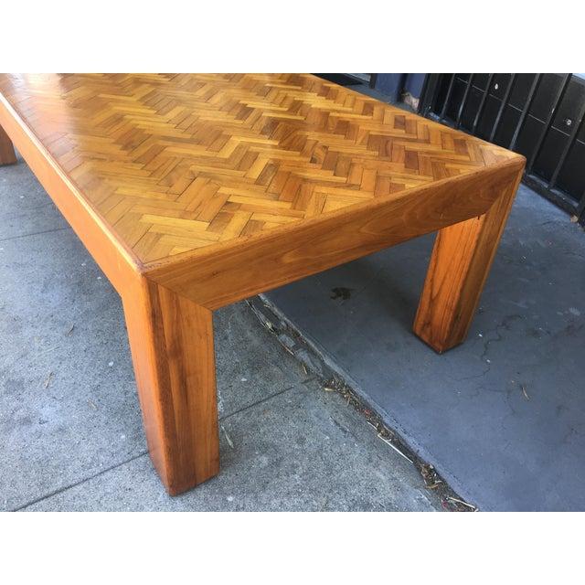 Arts & Crafts 1980s Mid-Century Modern Herringbone Top Custom Rectangular Coffee Table For Sale - Image 3 of 8