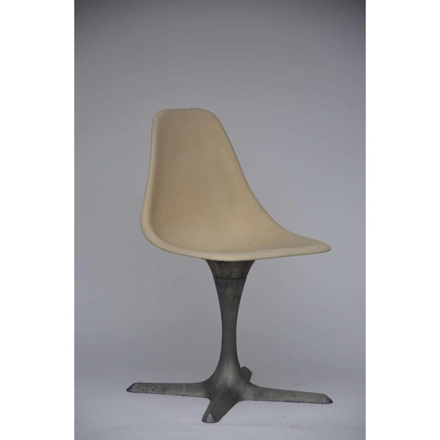 Mid-Century Modern Set of 4 American 70's Brushed Aluminum and Eggshell Chairs For Sale - Image 3 of 9