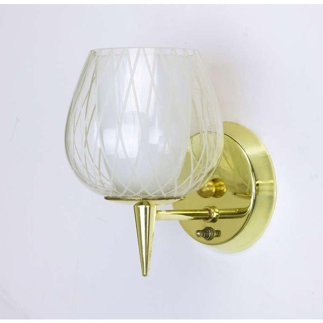 Pair of Gerald Thurston for Lightolier Etched Glass and Brass Sconces For Sale - Image 9 of 11