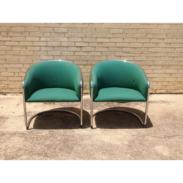 These tubular chrome frame chairs with green upholstery are a barrel of fun! The shape is comfortable and elegant, a nice...